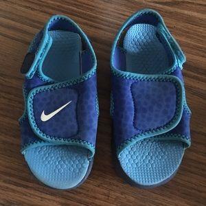 2936ded234bc Boys Blue Nike Velcro Sandals